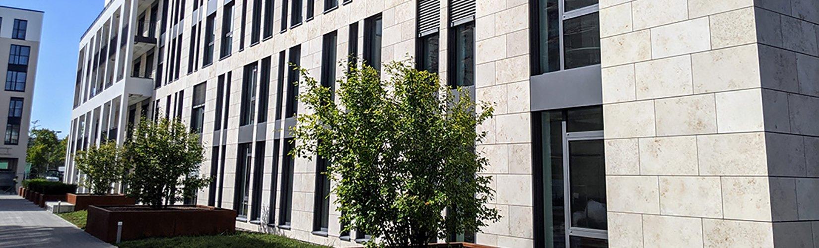 Außenansicht Bürogebäude WEBER GmbH in Darmstadt.