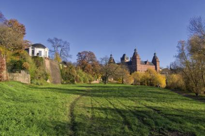 Bank of the River Main with Breakfast Temple and Johannisburg Palace