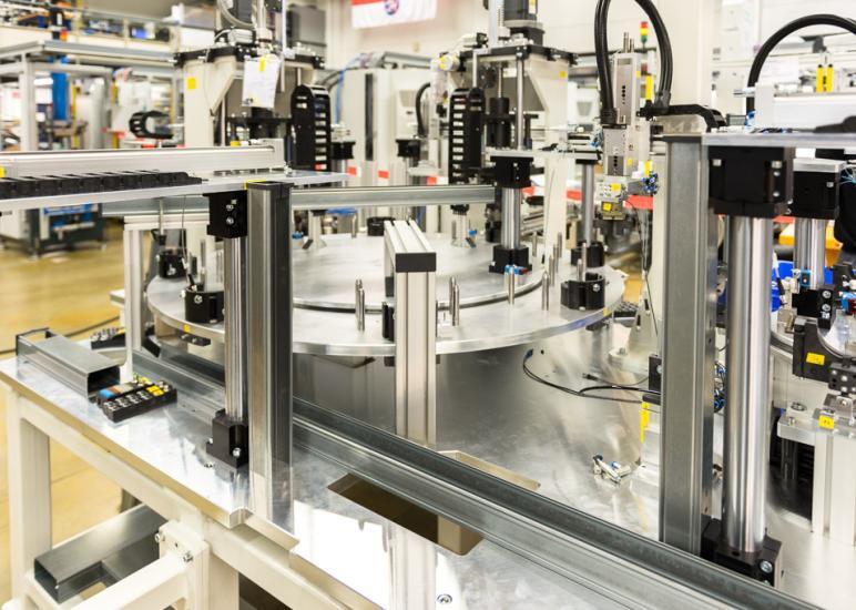 Geschäftsfeld Automation - die Abbildung zeigt einen Rundtakttisch